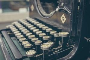 typewriter - content marketing
