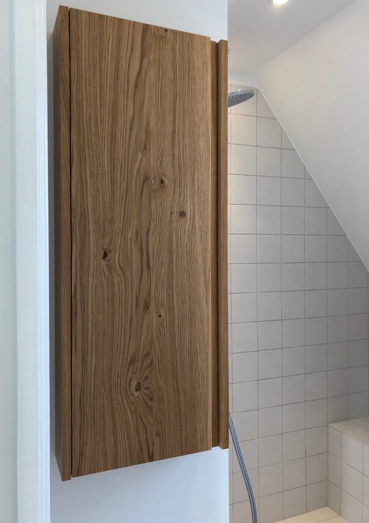 badeværelsesmøbel_egetræ
