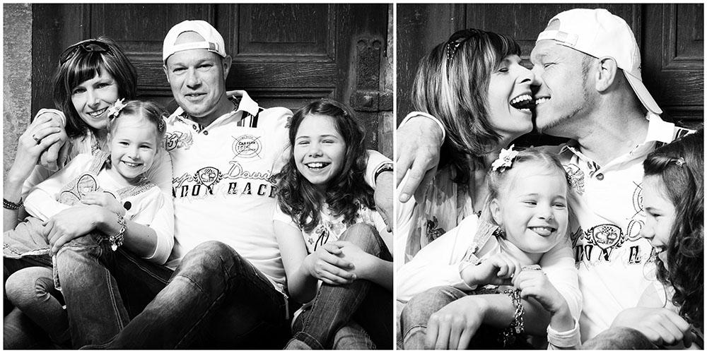 2 Familienportraits einer lachenden Familie mit 2 Kindern in Schwarz/Weiß
