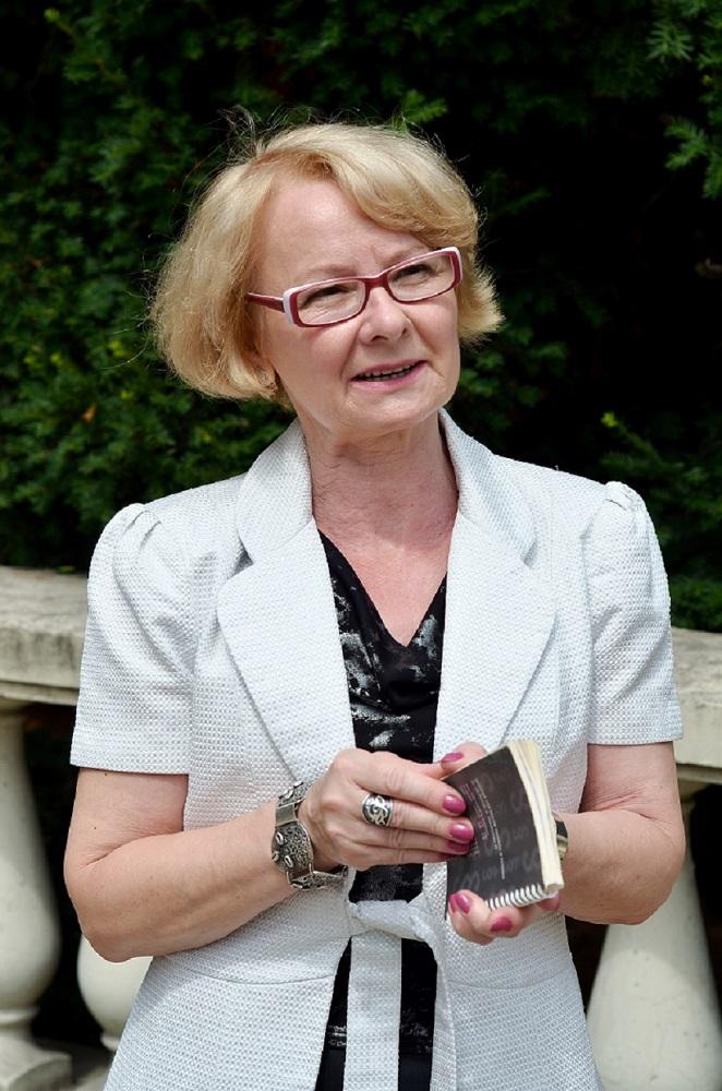 Bozena Zofia Kwapinska