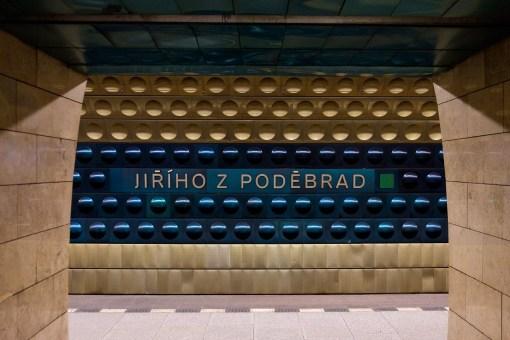Stacja metra Jiřího z Poděbrad