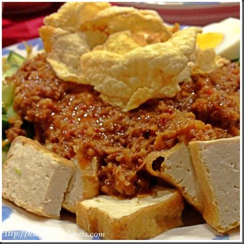 Iconic Indonesian One Dish Salad, Gado Gado