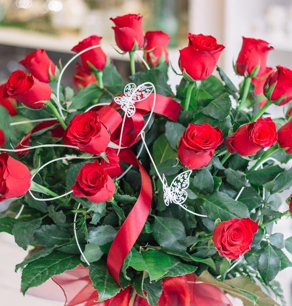 bukiet czerwone roze