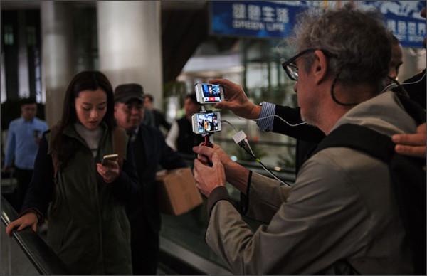 http://appleinsider.com/articles/14/02/03/apple-skips-pricey-superbowl-ad-pays-homage-to-mac-via-online-movie-shot-using-iphones