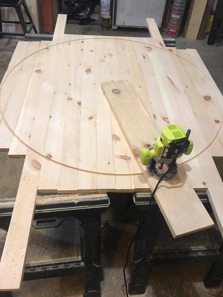 Creating Circle Table Delaware