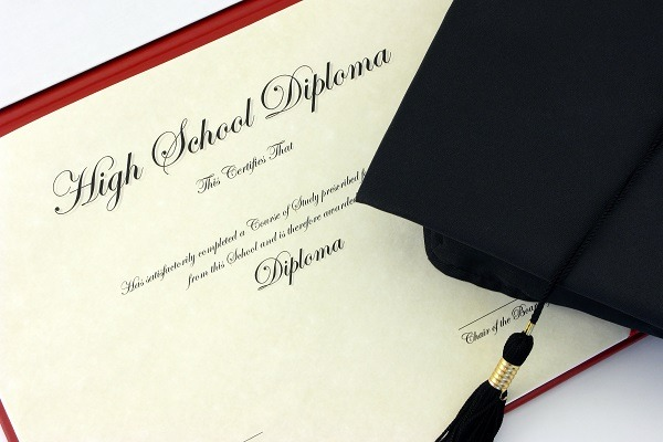 Half of expats in Kuwait don't have high school diplomas