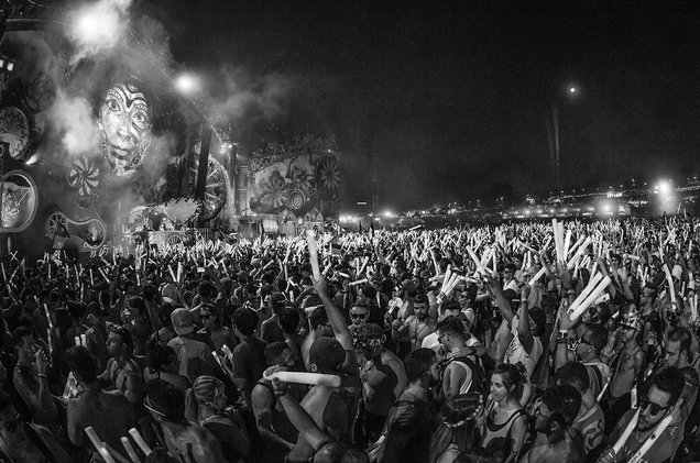 22,000 Evacuated From Tomorrowland Festival After Stage Catches Fire