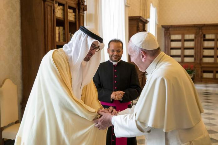 Pope Francis en route to UAE for first Gulf visit