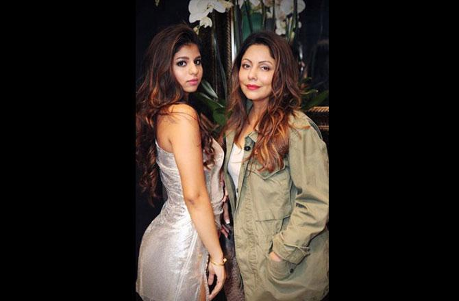 Shah Rukh Khan's daughter Suhana penned a heartfelt note for mom Gauri on Mother's Day, see it here
