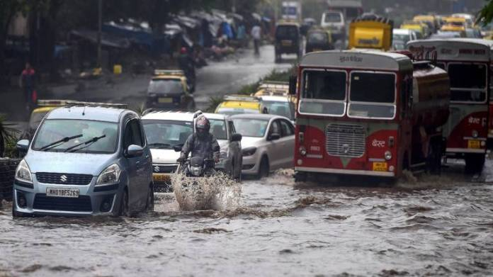 Mumbai rains updates: IMD predicts Massive rainfall for next 3 days; Also waterlogged at numerous low-lying regions