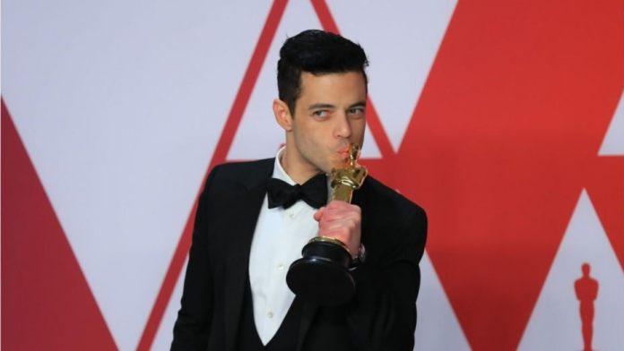 Rami Malek's fake gossip on trouble at James Bond set