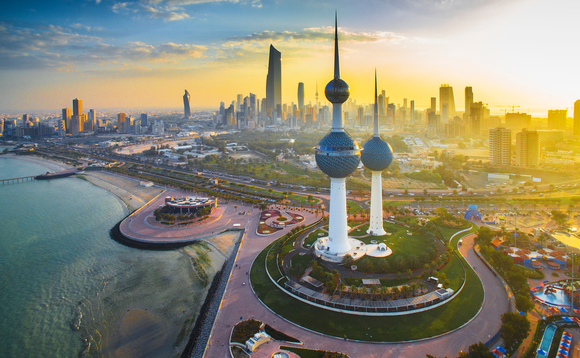 Kuwaiti govt is planning to lay off 25,000 ex-pats from the civil sector
