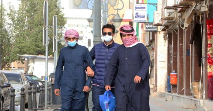 COVID-19: Kuwait records 300 new cases, total rises to 3740