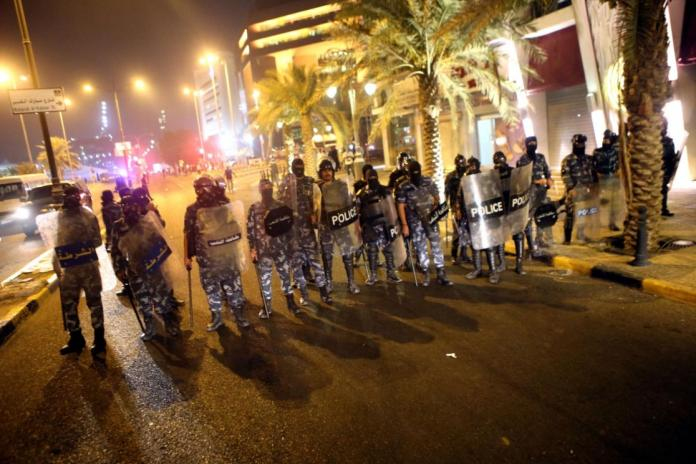 Kuwait police control 'riot' by Egyptian workers
