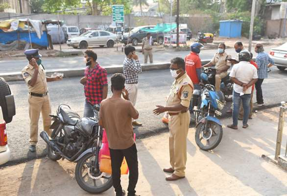 Mumbai Police: Citizens can't travel beyond 2 km radius for essentials