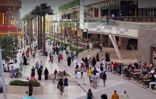 KD 600,000 Spend At Malls On First Day After Reopening