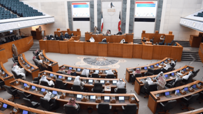Kuwait: Tighten the entry of expatriates; MPs demand reduce some restrictions