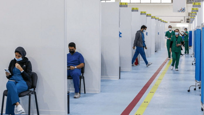 Expats in Kuwait begin to receive COVID-19 vaccine