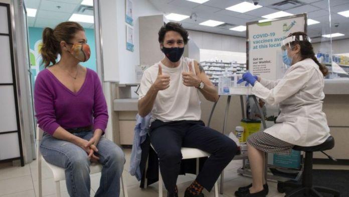 Canada - PM Trudeau and his wife receive 1st dose of AstraZeneca vaccine