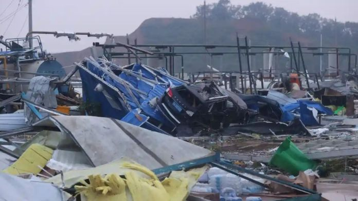 At least 7 dead as 2 tornadoes strike China