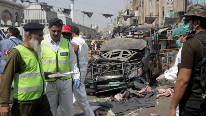 Pakistan : Blast in Lahore kills at least 2