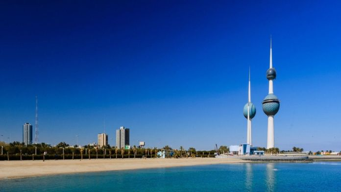 Kuwait : 120,000 people leave the country within a week