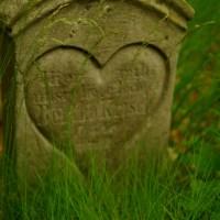 O tym co to... historia zapisana na cmentarzach