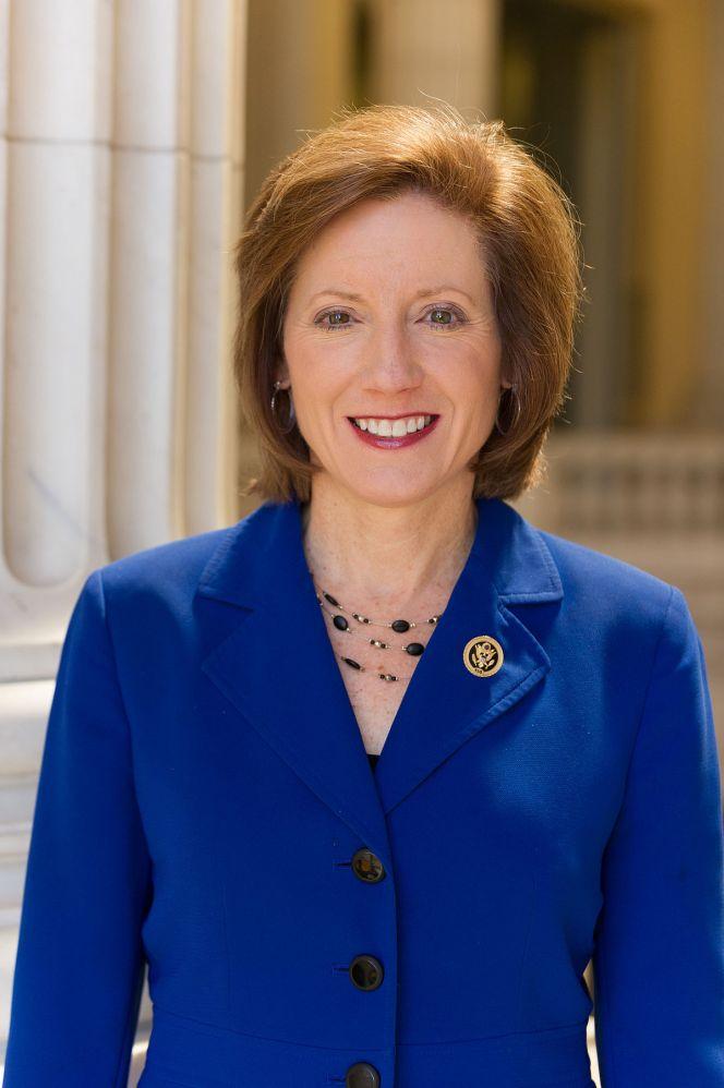 Vicky_Hartzler_official_photo,_114th_Congress