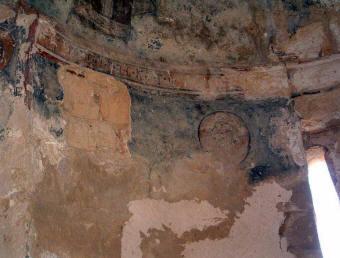 Ναός Αγίου Νικολάου, Κώμα του Γιαλού, τοιχογραφία του αγίου Σπυρίδωνος στην κατάσταση που βρίσκεται σήμερα.