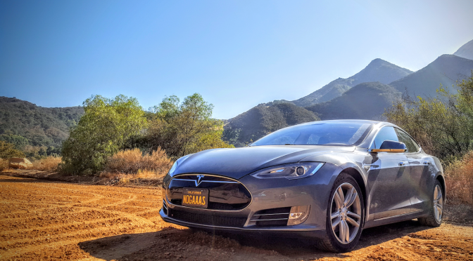 Tesla Model S – Thoughts After 1 Year of Ownership