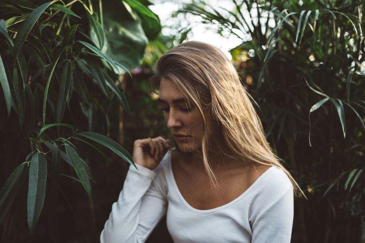 blonde-1031534_1920