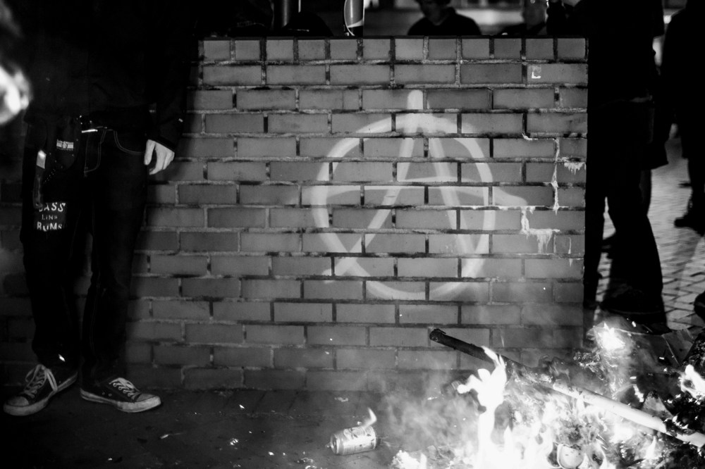 anarchy symbol spray pained