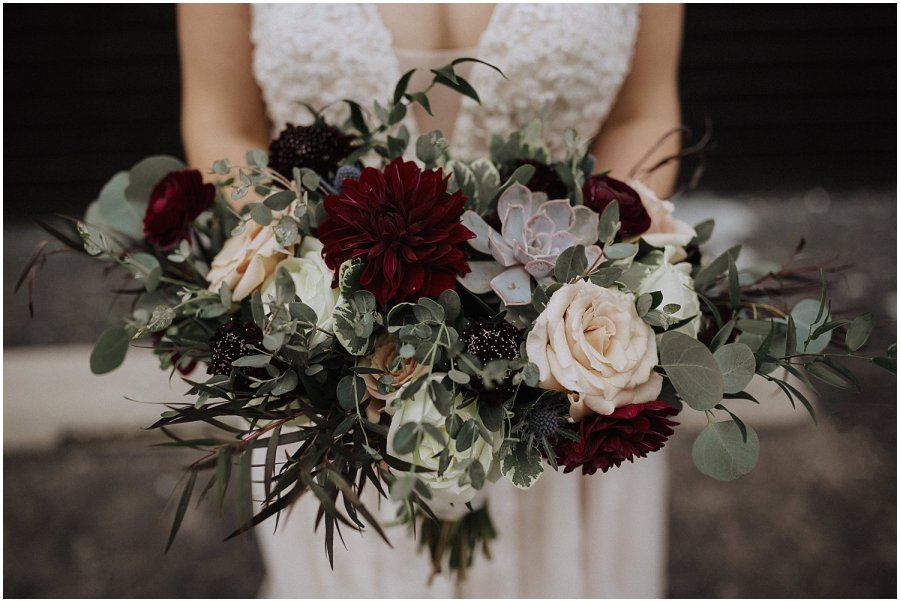 bottom lounge bridal bouquet