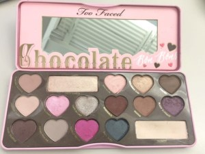 10 gift ideas for every woman on your list - impress her with these unique gift ideas this Christmas! Any makeup maven would love being gfted a great palette like the Too Faced Chocolate Bon Bons Palette!