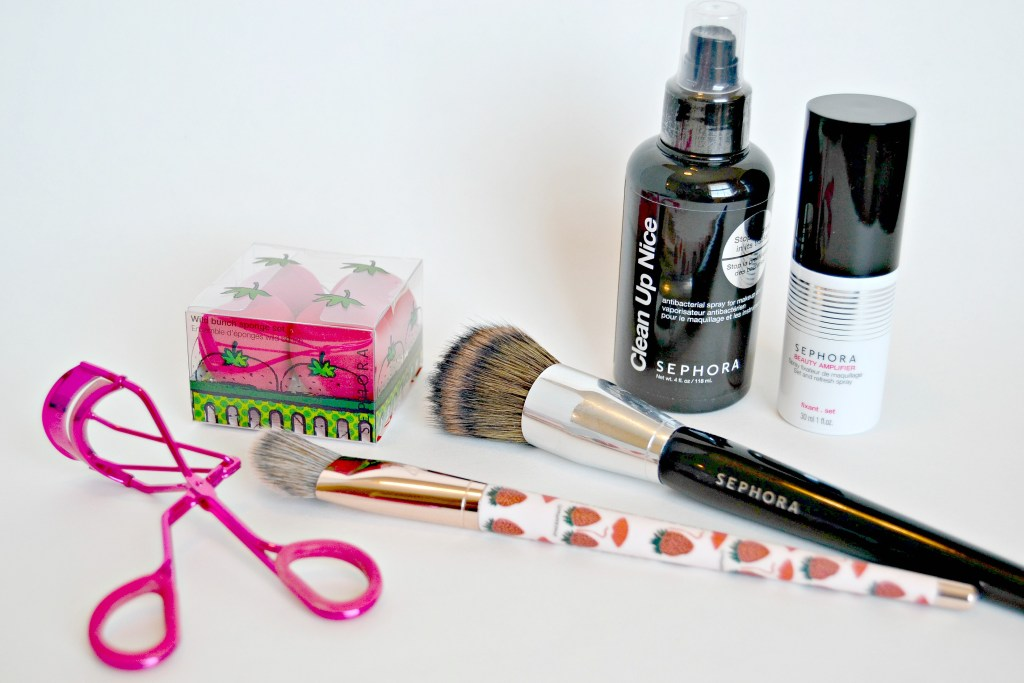 Sephora Collection has some amazing tools that any makeup and beauty enthusiast would appreciate. Perfect for gift-giving or adding to your collection, these tools are all high quality items with a more affordable price tag.