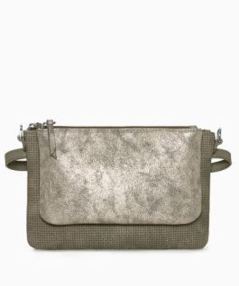10 gift ideas for every woman on your list - impress her with these unique gift ideas this Christmas! Any fashionista would love the versatility and stylish look of a Stella and Dot handbag!