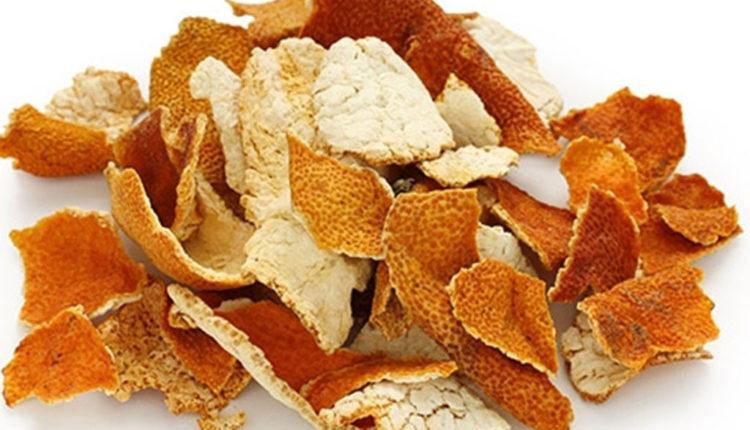 Vỏ cam khô rất hiệu quả trong việc làm trắng da