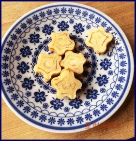 pinnkuhaatonotamagoyaki 卵焼きレシピ お弁当用に簡単で人気のアレンジ