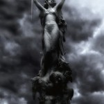 美しいあなたに贈ります3月の運気は金星逆行で愛やお金に関する衝動が強くなるセンス磨いてね