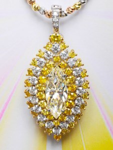 Diamond Pendant AT179