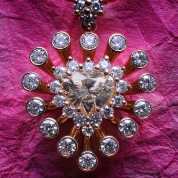 600-diamond-pendant-007