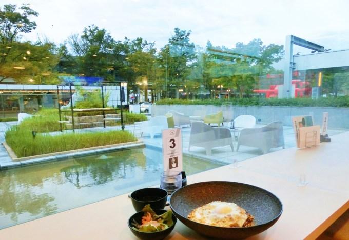 京都市勧業館(みやこめっせ)グリルレストラン「ABURU」チーズキーマカレー