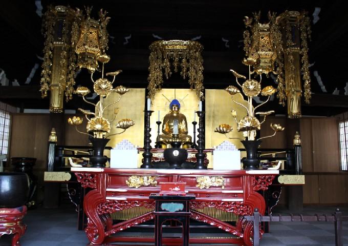 25阿弥陀堂(内部仏像)
