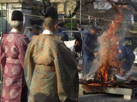 六孫王神社とんど祭