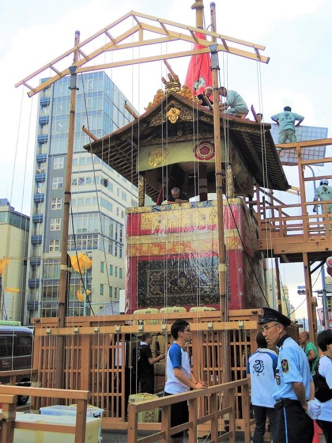 京都・祇園祭・鉾建て・函谷鉾