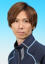 岡崎恭裕選手の画像1です。