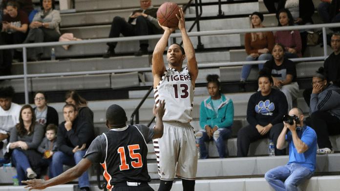 Campbellsville University mens basketball 2017-18