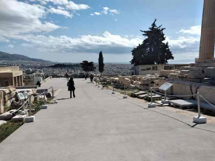 akropolis-tsimento