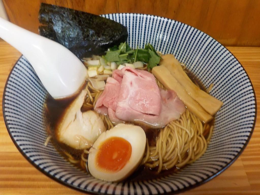 コク深な煮干しラーメン「よしかわ」 埼玉県上尾市