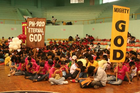 pray-for-the-philippines-event